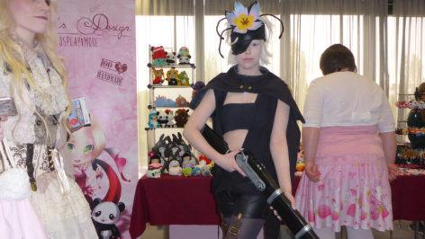 dokomi-2016-cosplay-Rokka-no-Yuusha
